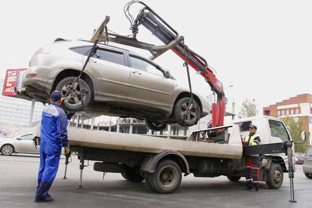Эвакуация транспортного средства на штрафплощадку в Казани