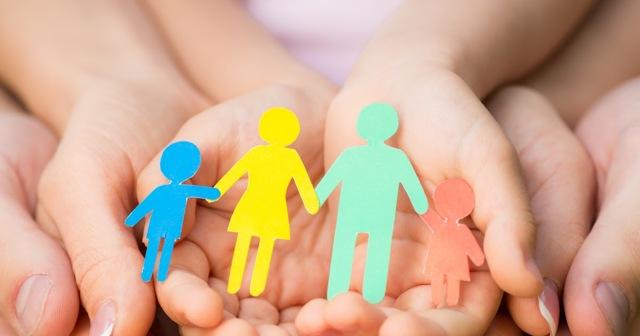 Пособия и выплаты на ребенка в Кургане в 2021 году: федеральные и региональные, размеры выплат, порядок и условия получения, необходимые документы