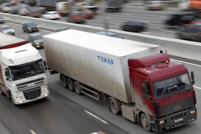 Запрет на въезд грузовиков тяжелее 3,5 тонн на МКАД с 5 мая 2021 года