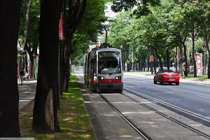 Основные правила, в каких случаях трамвай должен уступить дорогу, разбор ситуаций описанных в ПДД