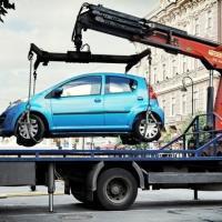 Эвакуация автомобиля на штрафстоянку за неправильную парковку 2021